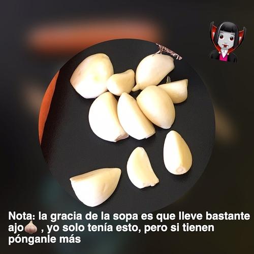 photo5154389543716235389